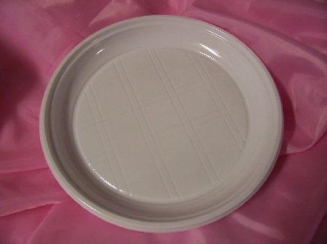műanyag tányér 20 cm-es (10 db)