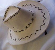 cowboy kalap velúr törtfehér