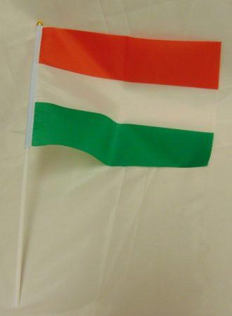 Magyar zászló, textil (15*20 cm), szár 30 cm