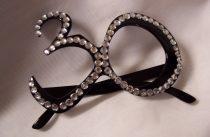 30. fekete szemüveg