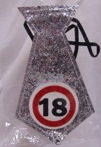 évszámos, ezüst nyakkendő 18.