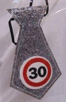 évszámos, ezüst nyakkendő 30.