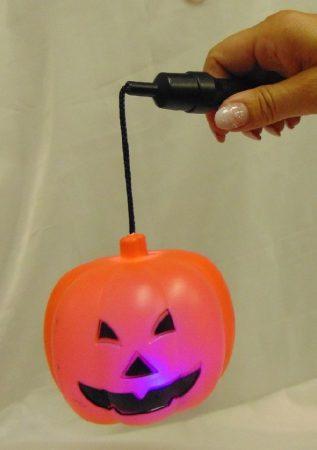 halloween hordozható világító-villogó töklámpás
