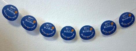 Boldog születésnapot füzér, buborékos,kék (4,6 m x 15 cm)