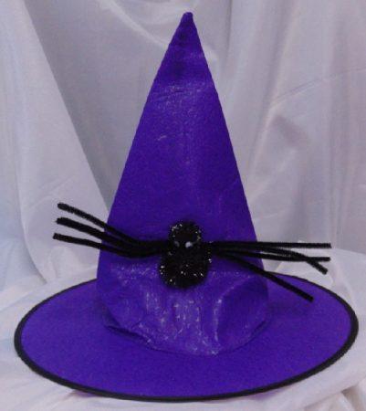Boszi kalap pókkal, lila